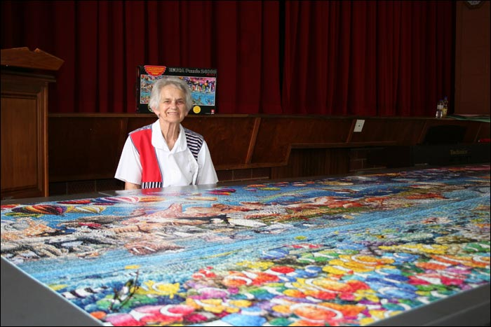 OLDEST PERSON IN THE WORLD TO COMPLETE THE PUZZLE SOLO   (77 years old as of 24 November 2008)